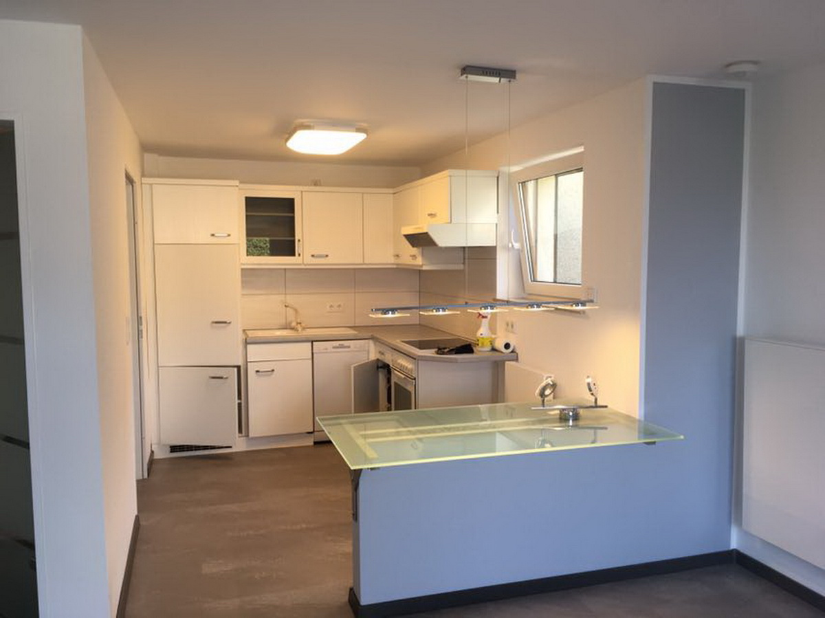 mosdok trockenbau altbausanierung trockenbau bodenverlegung spanndecken in lemgo lage. Black Bedroom Furniture Sets. Home Design Ideas